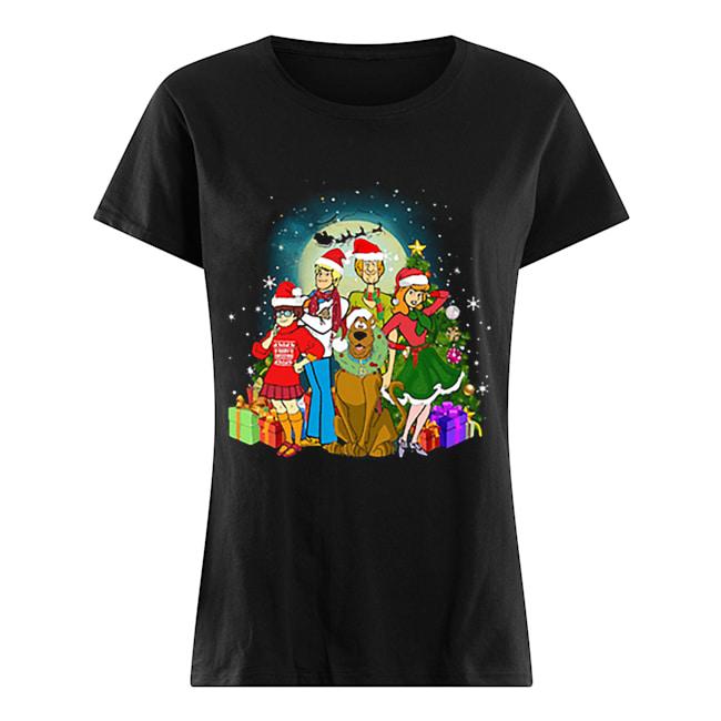 Scooby-Doo family Christmas  Classic Women's T-shirt