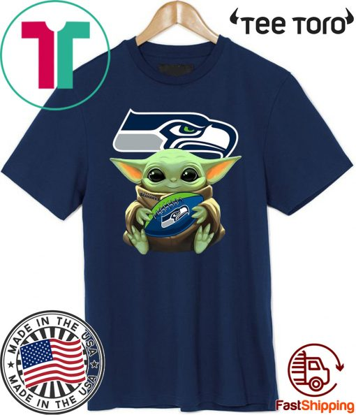 Baby Yoda Hug Philadelphia Eagles For T Shirt